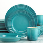Le Creuset 16 Piece Dinnerware Set in Caribbean