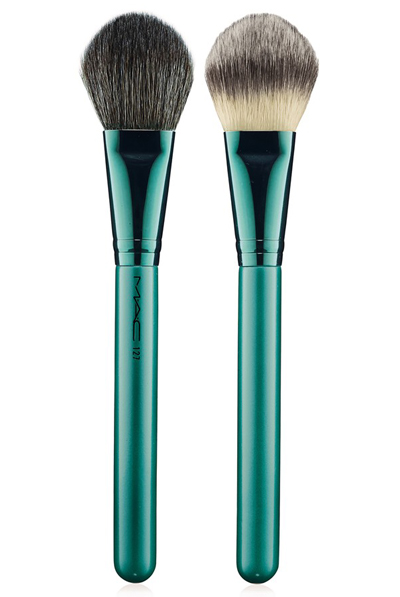 Alluring Aquatic 127 Split Fiber Face Brush