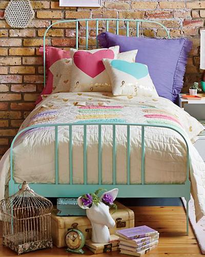 Mint Pastel Larkin Bed