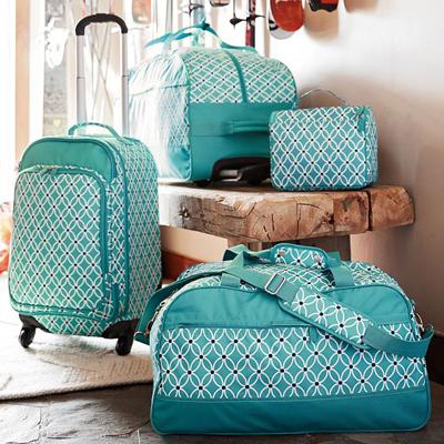 Jet-Set Pool Petal Chain Luggage | Everything Turquoise