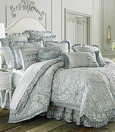 J Queen New York Vanderbilt Bedding Collection