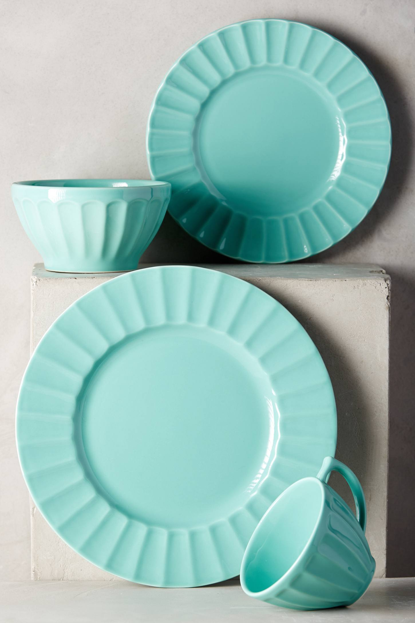 Seafoam Latte Dinnerware
