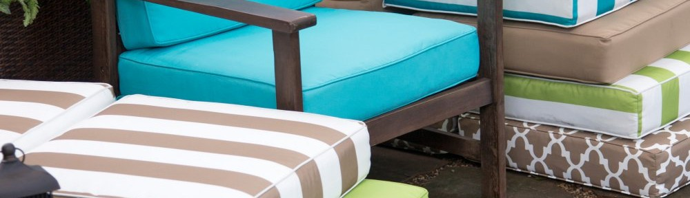 Coral Coast Lakeside Hinged Outdoor Deep Seating Cushion