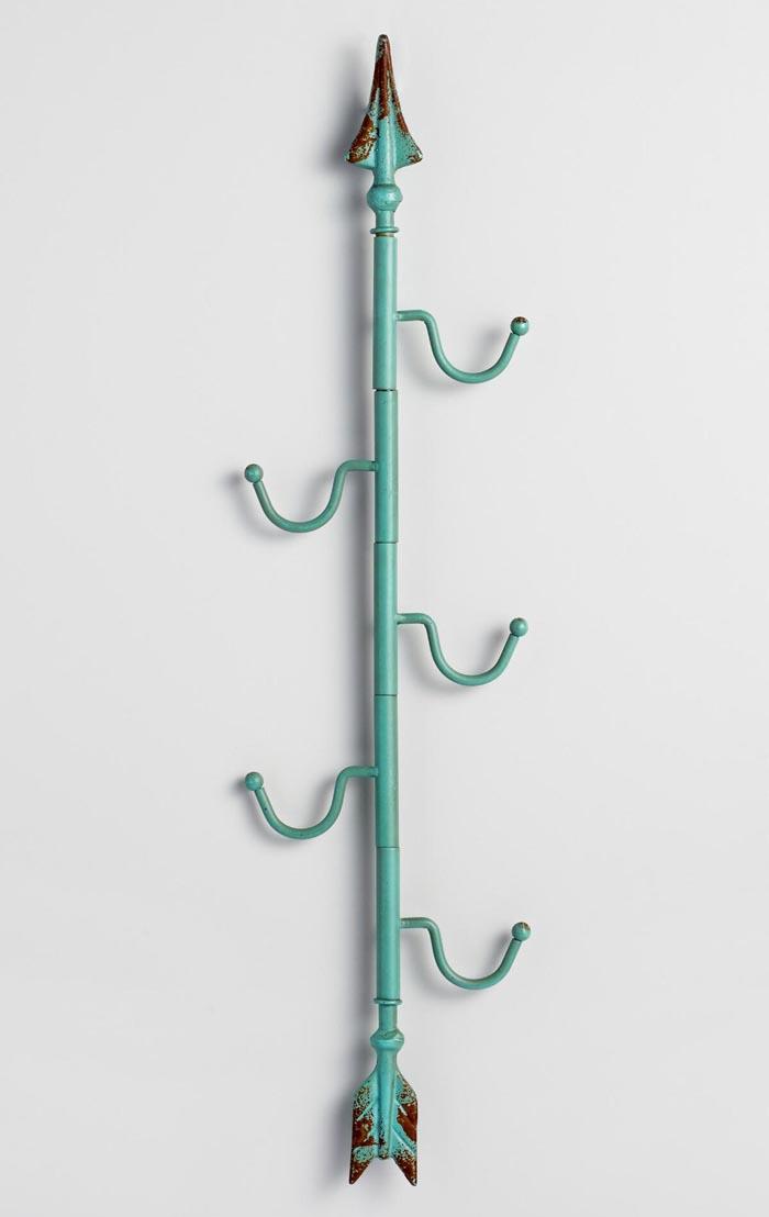 Aqua Metal Vertical Arrow 5 Hook Wall Storage
