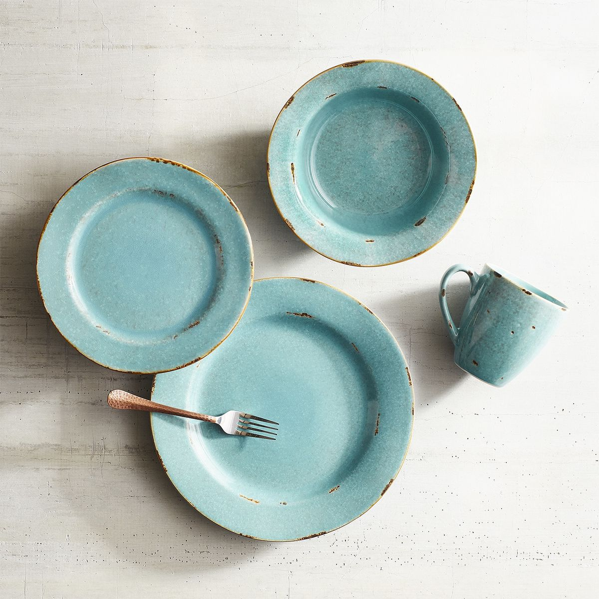 Hacienda de Vida Turquoise Dinnerware