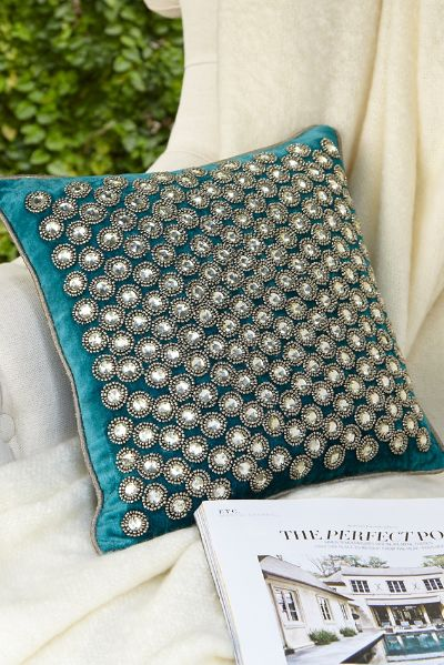 Peacock Blanche Velvet Pillow