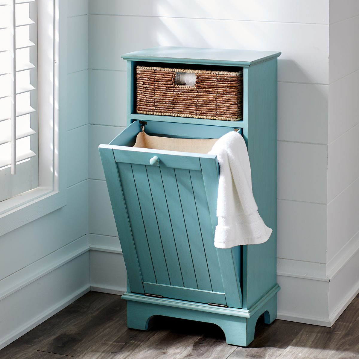 Holtom Antique Sky Blue Hamper