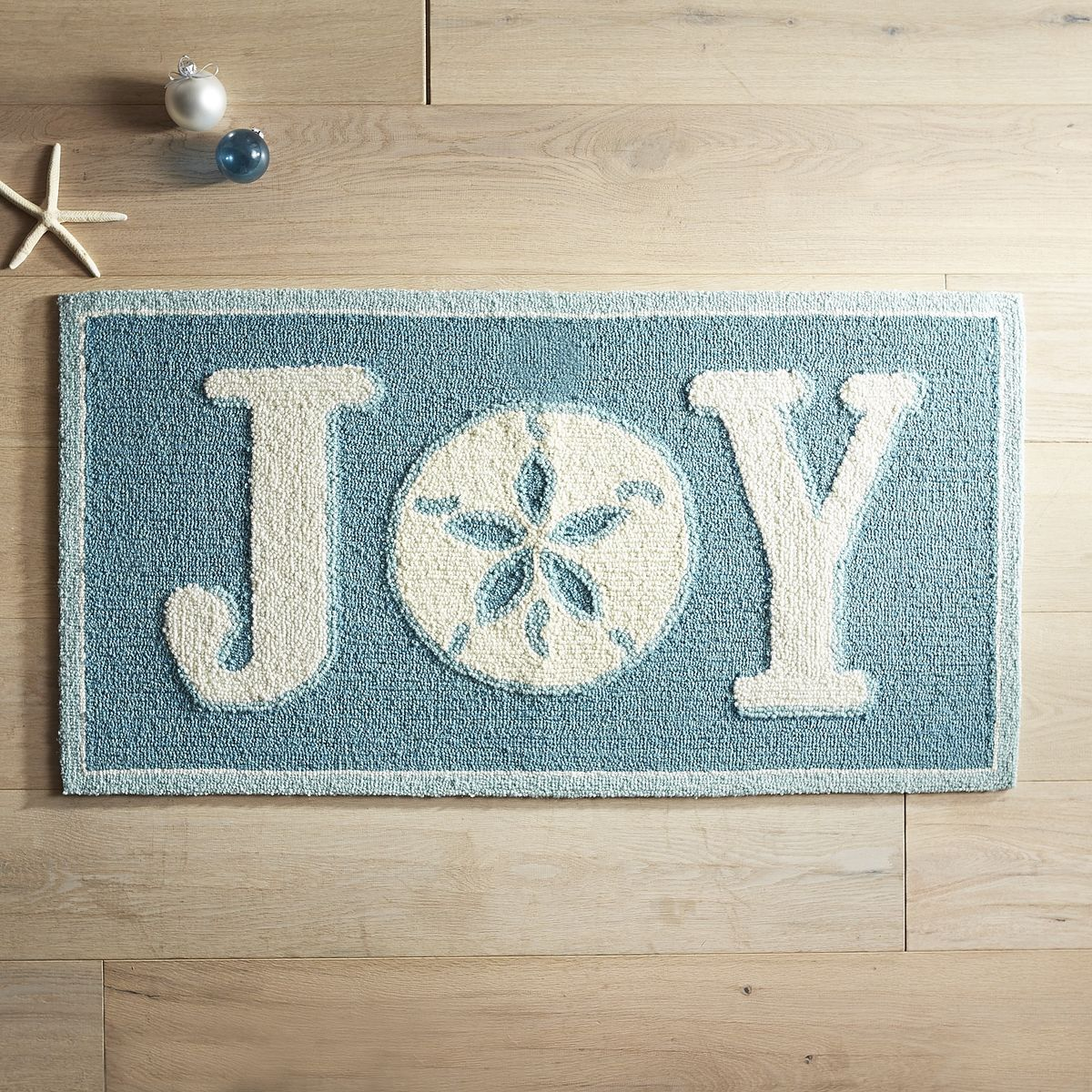 Foyer Rugs For Christmas: Everything Turquoise