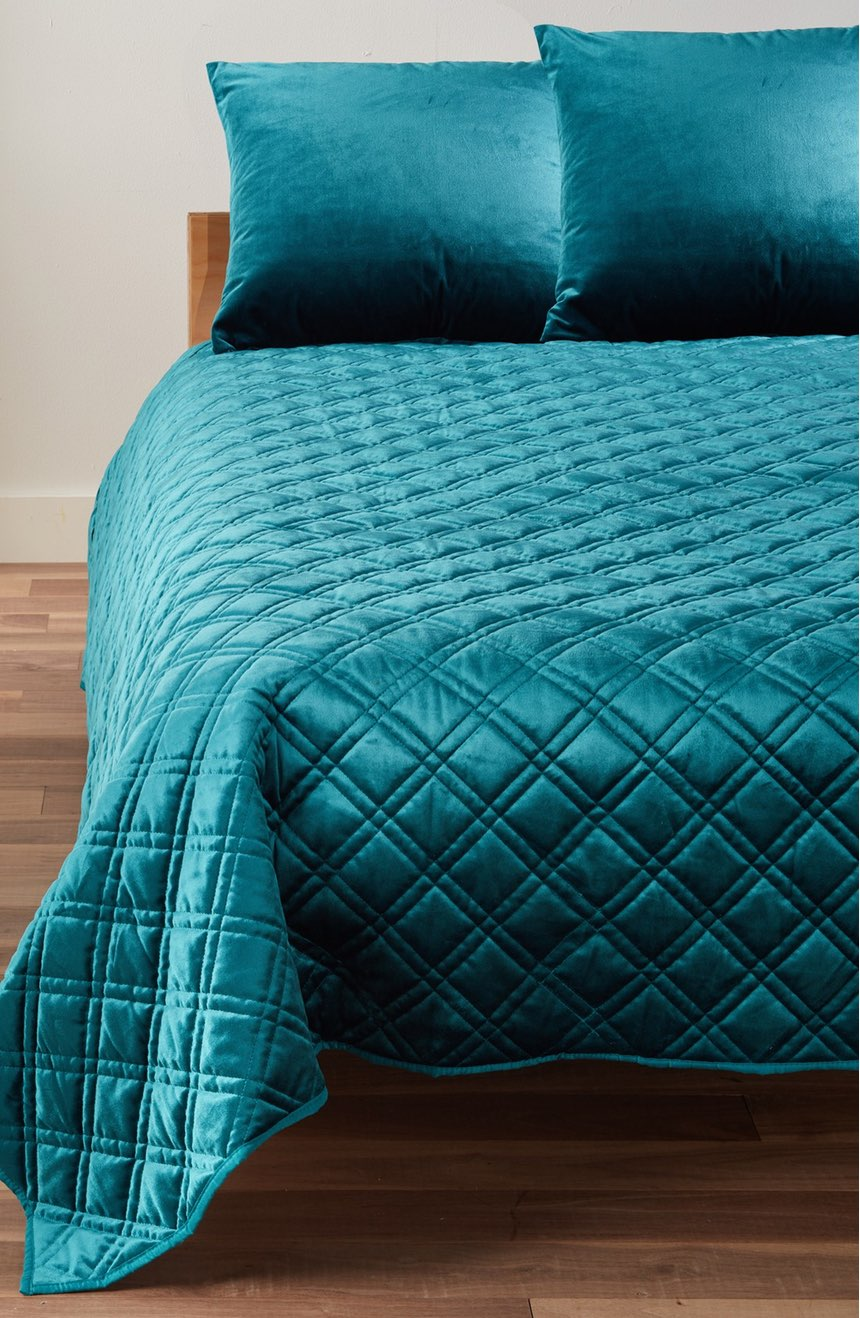 Teal Velvet Quilt Everything Turquoise