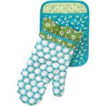 The Pioneer Woman Pot Holder and Oven Mitt Set