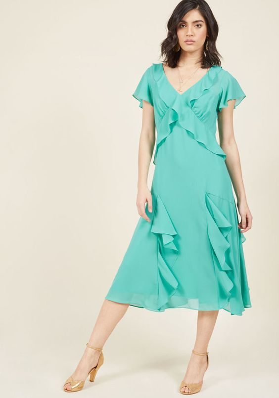 Memories in Motion Midi Dress in Seaglass