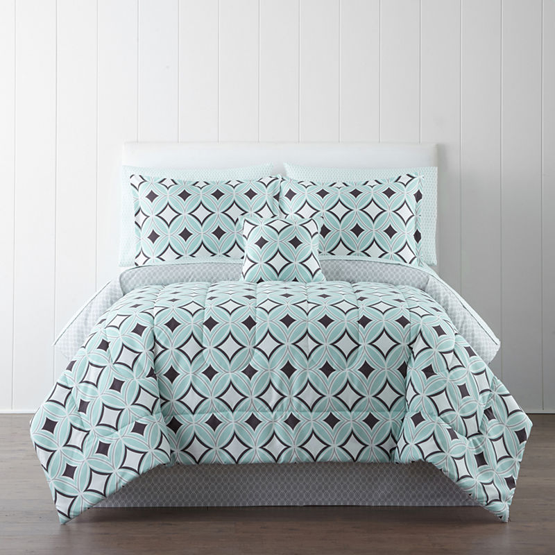Studio Premiere Bedding Ensemble